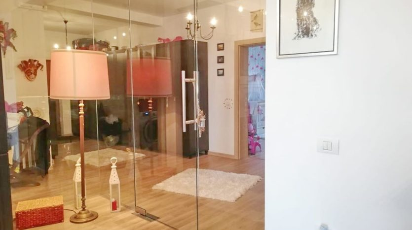 Apartament 3 camere, Dumbrăvița, Zona Kaufland